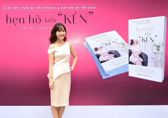 Start-up Vũ Nguyệt Ánh ra mắt sách về hẹn hò