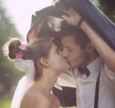 Đừng vội vàng cưới chỉ vì yêu: Vật chất, danh dự và tình yêu chưa đủ để làm nên một mối quan hệ bền vững