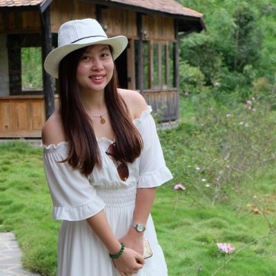 Trần Ngọc Hương - Giám đốc truyền thông